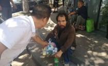 饶城开展流浪乞讨人员送清凉专项救助行动